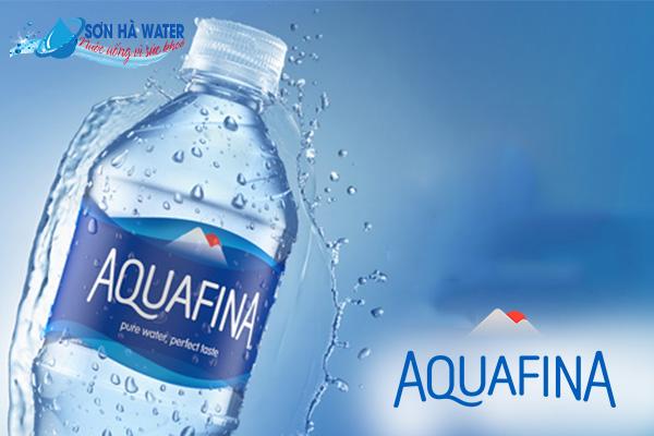 nước uống đóng bình aquafina